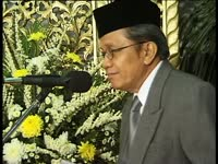 Biography of Taufiq Ismail (1935 - )